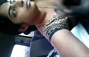 कार में, भारतीय प्रेमिका कैटरीना कैफ की सेक्सी मूवी