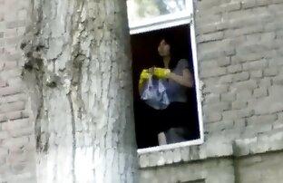 खिड़की में लड़की सेक्सी मूवी kaylynn
