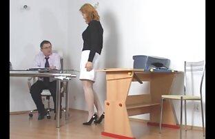 शरारती छात्र सेक्सी फिल्म वीडियो में