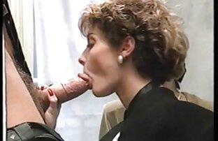 रोक्को शौचालय में 2 लड़कियों हो जाता है मद्रासी पिक्चर सेक्सी
