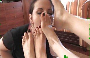 पैर मालकिन एरीला और मालकिन हेलेना सेक्सी सेक्सी फिल्म
