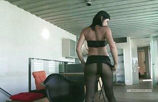 लुसी बेल में एक पैर के साथ सेक्सी मूवी सेक्स वीडियो
