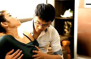 एक कोरियाई लड़की लिविंग रूम में गड़बड़ जासूसी सेक्सी फुल मूवी हिंदी वीडियो