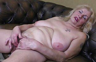 बड़े स्तन के साथ बहुत परिपक्व पुराने अंग्रेजी फुल सेक्सी मूवी