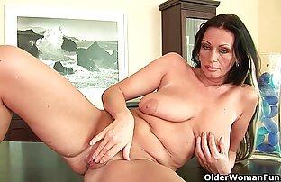 बड़े स्तन के साथ फुटबॉल माँ उसे बिल्ली फुल सेक्सी फिल्म वीडियो